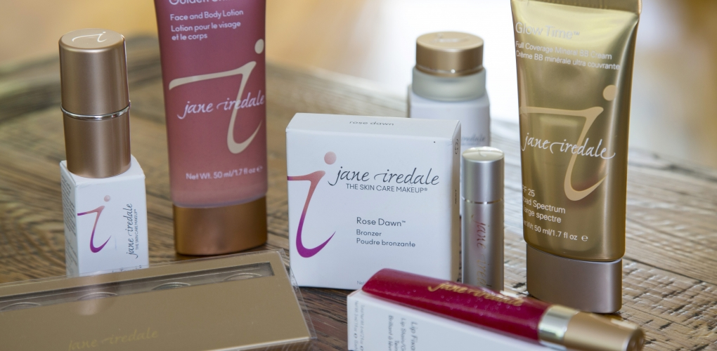 Jane Iredale makeup made from pure minerals, is hypoallergenic and dermatologist tested.